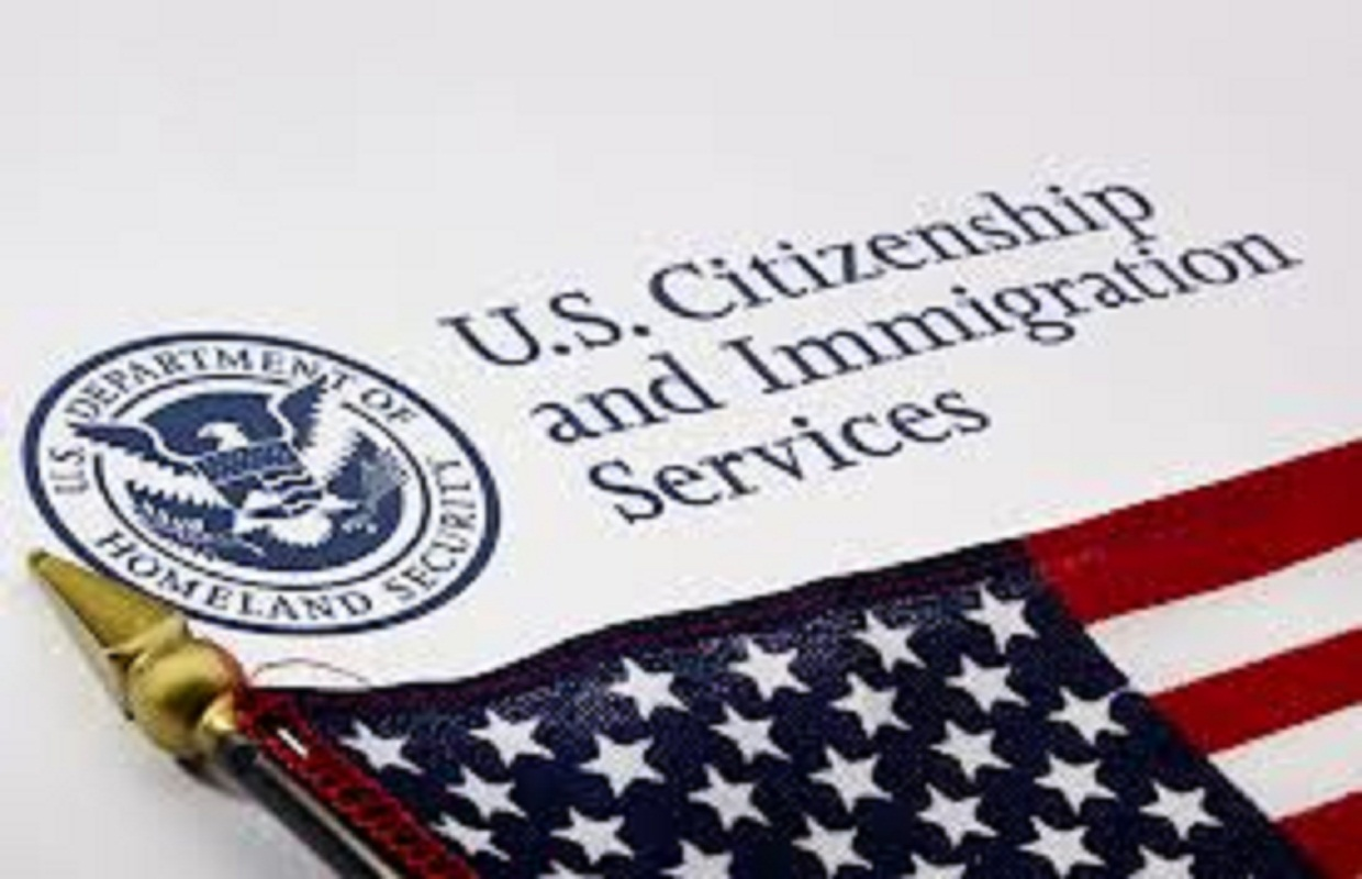 """Durbin, Gutierrez Hope 2014 Is the Year for Immigration """"Reform"""""""