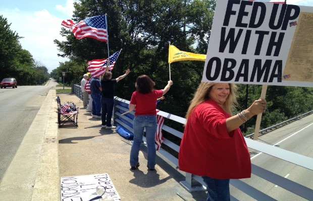 """Overpasses for Obama's Impeachment"" Hits Springfield"