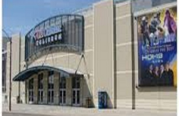 Chicago Plans Free Concert