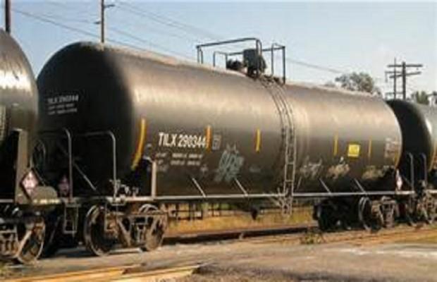 Durbin Pushing for Safer Rail Tankers