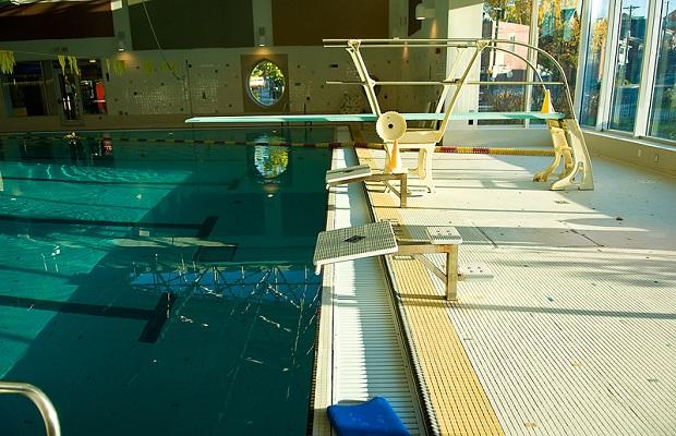 Rockford water park remains closed 100 5 wymg - Indoor swimming pool temperature regulations ...